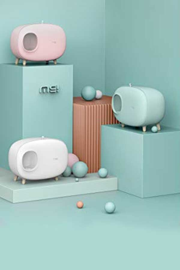 Litter boxes for cats in pastel colors
