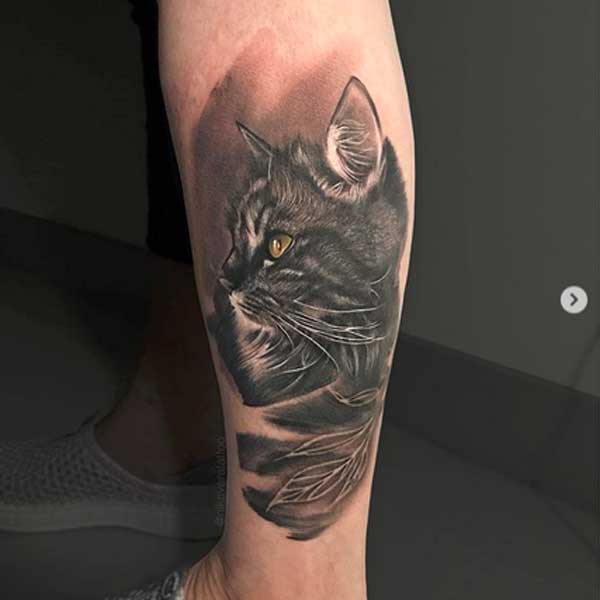 Traditional cat portrait tattoo by Nika